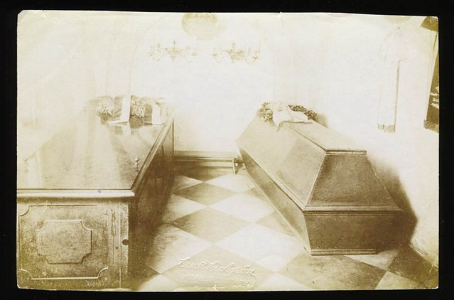 Early 1900s Snapshot Of Coffin Amp Casket Flickr Photo