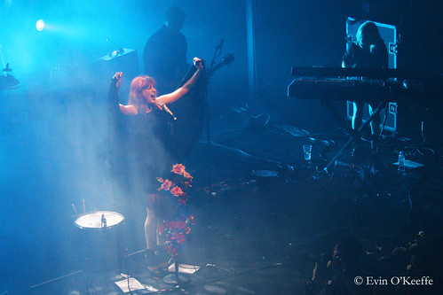 Florence, Belting Out the Notes