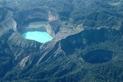 Kelimutu Colored Lakes - Komodo, Indonesia | Flickr ...