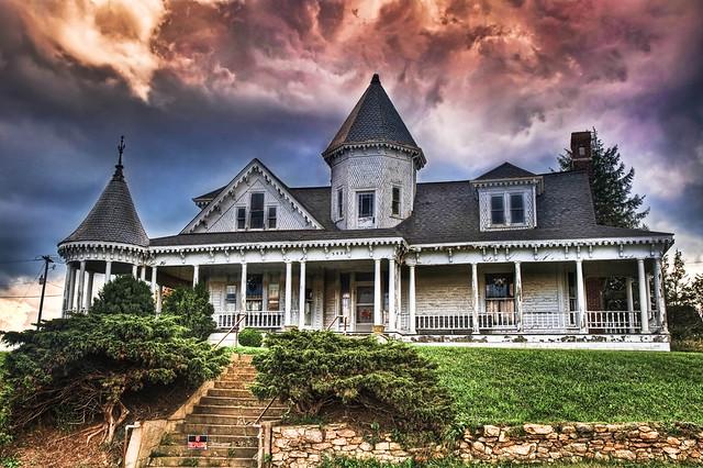 The Sidna Allen House The Sidna Allen House In Carroll