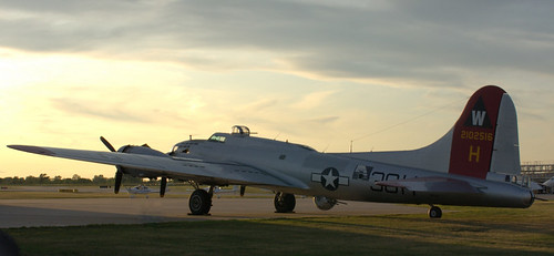 B-17 Flying Fortress - Aluminium Overcast