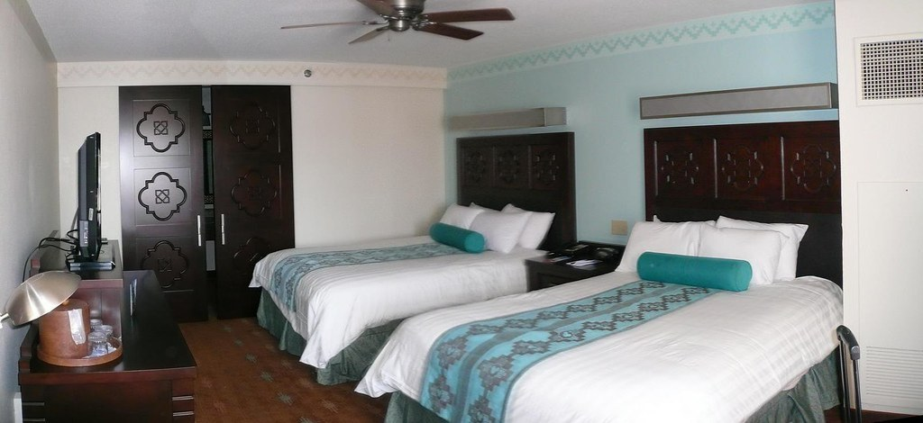 Hotel Room Disney Coronado Springs September 2009