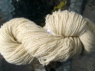 9215 Signal Rock Farm undyed wool yarn