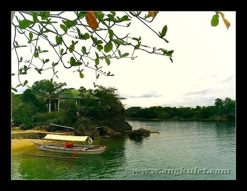 Villa Igang beachfront