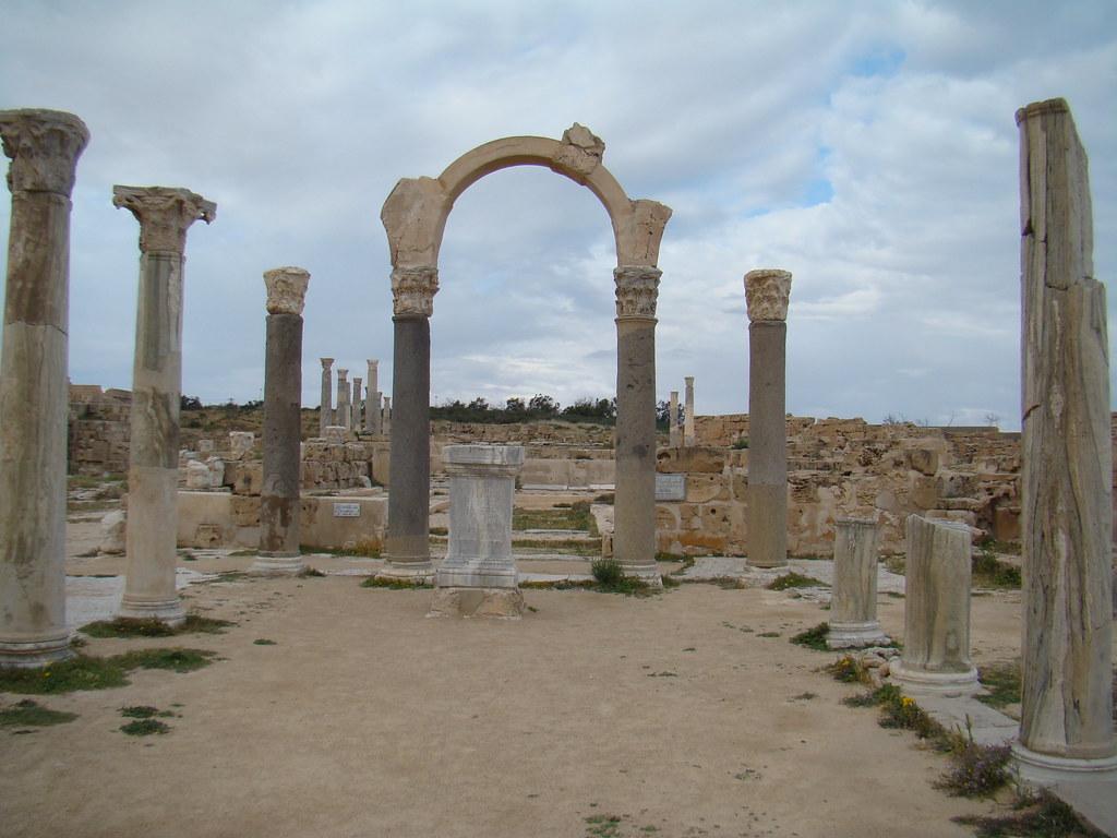Foro y Curia Sabratha Libia 18