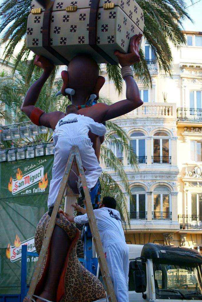 Falla Avenida Regne de Valencia - Duque de Calabria 2014 (2)