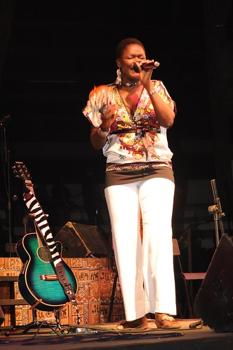 Suzanne Owiyo performing at the Free the Hungry Billion Concert at the Bomas of Kenya