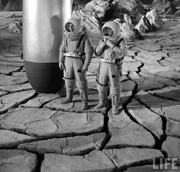 1950 ...  'Destination Moon'