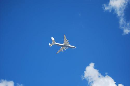 Planes overflying Kiev - CC Roser Martínez