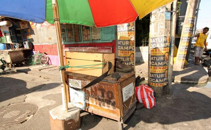 wooden vendor's cart