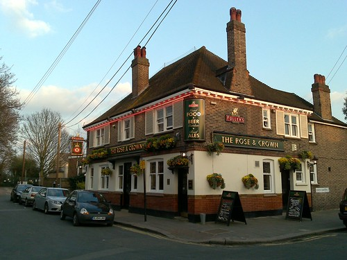 Rose & Crown pub