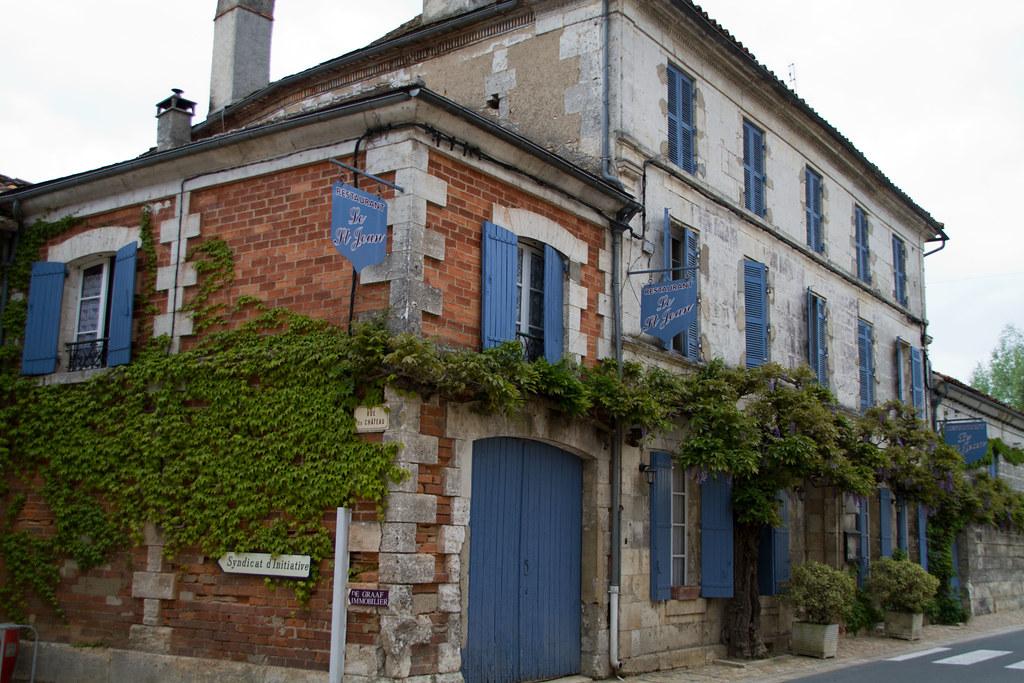 Saint-Jean-de-Côle 20110423-IMG_6853
