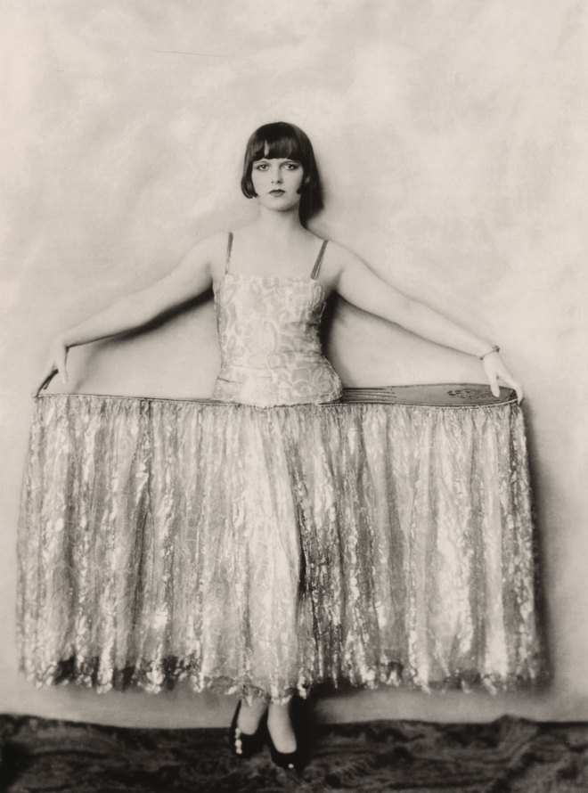 Louise Brooks - Modeling, Follies and Scandals