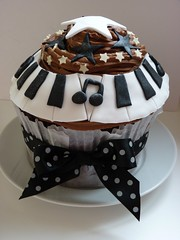 Giant Cupcake for Pianist