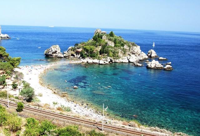 Isola Bella Taormina Messina Sicilia Italy Creative Commons by gnuckx