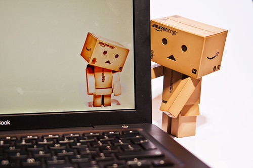 Trapped in a mac Danbo was sad - Explored