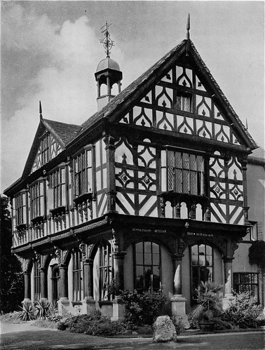 Leominster Old Market Hall, under creative commons by sally-parishmouse. Click pic for link.