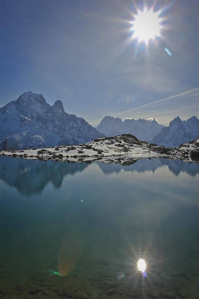Le Lac Blanc. Aguille Verte (4122m),  Les Drus (3754m) and Les Grandes Jorasses (4208m). Massif du Mont Blanc. Haute-Savoie. France.