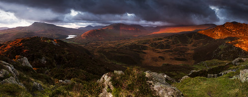 Dreams are made of this - Dawn over Snowdonia