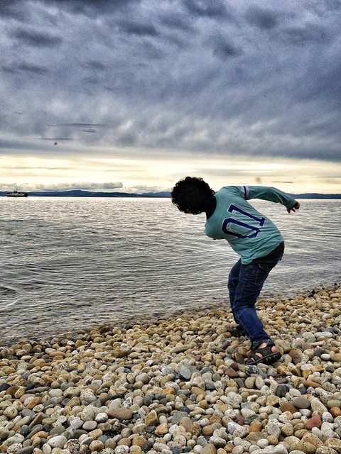 Left-handed skimming stance