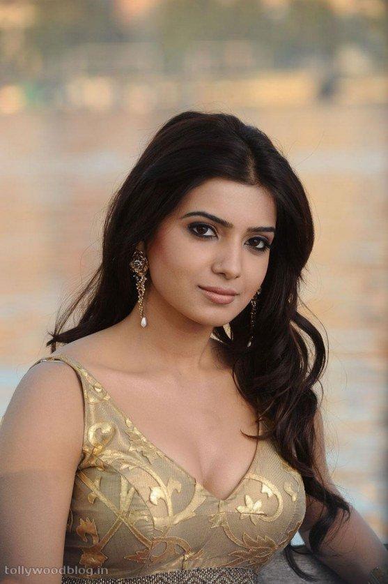 Samantha Ruth Prabhu Boobs and Cleavage