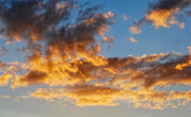 Free clouds (DSC_2290)