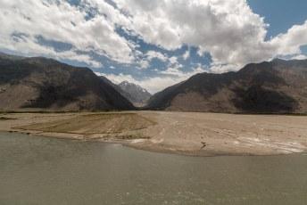 De Afghanen gebruiken het sediment als landbouwgrond.