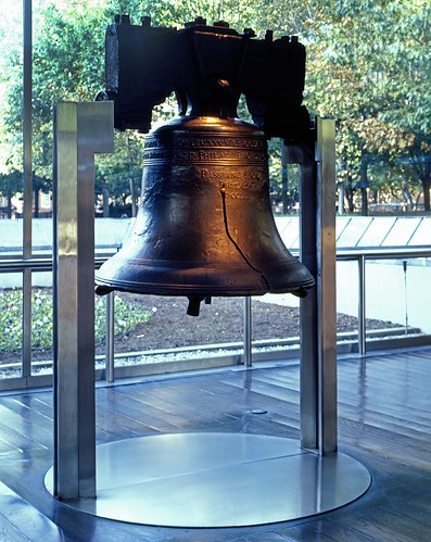 Liberty_Bell_1872_-_crop