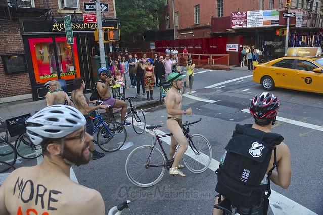 naturist 0017 World Naked Bike Ride 2013, New York, USA