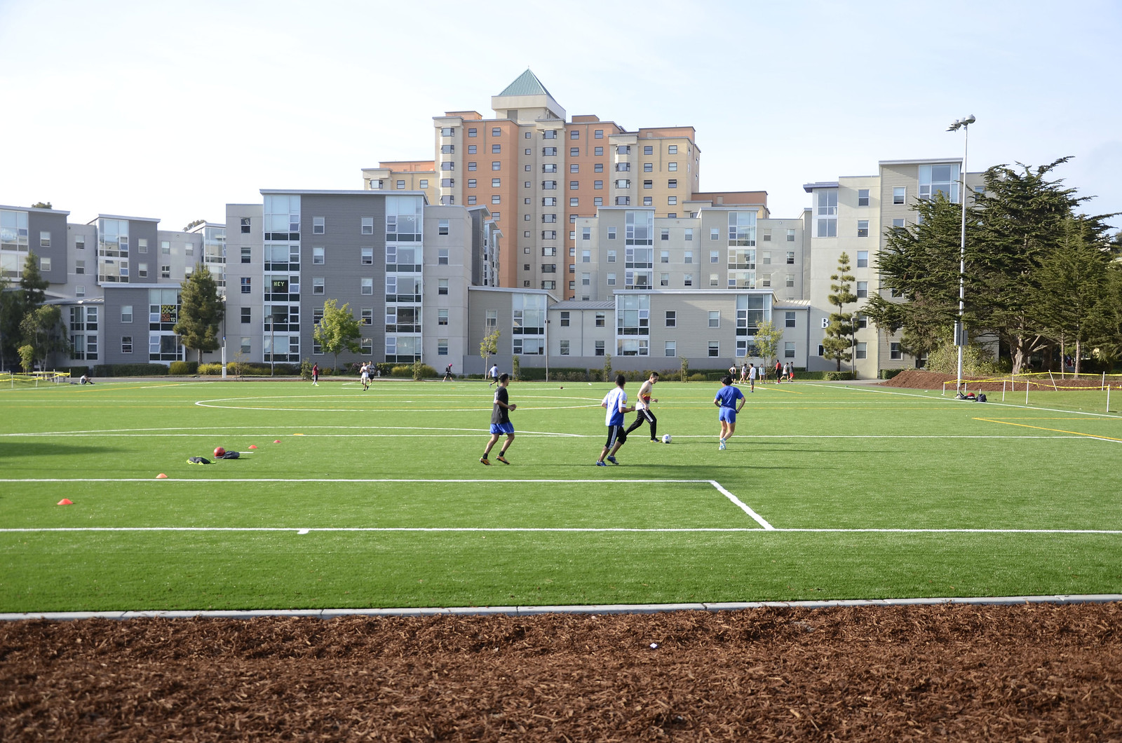 SF State's new recreation area and field is done being constructed and is now ready to be enjoyed by SF State students and visitors. Photo by Virginia Tieman / Xpress