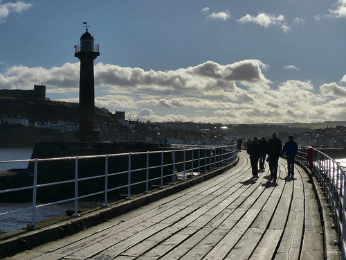 Whitby pier by geoffspages