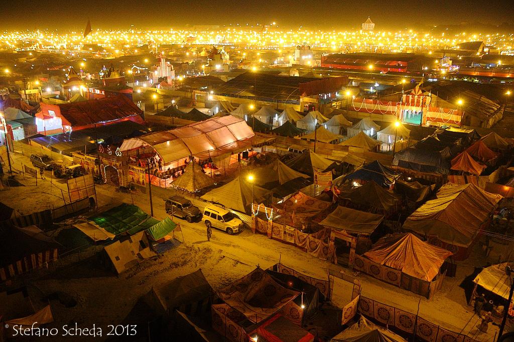 Pilgrims camp at Kumbh Mela - Allahabad, India