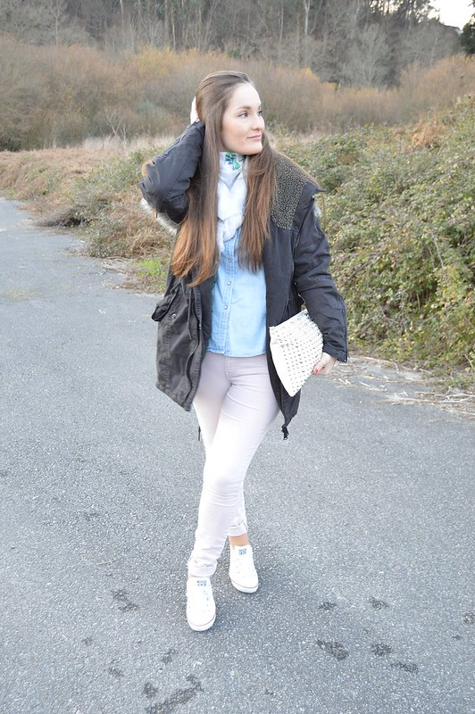 look-parka-gris-lluvia-pull-and-bear (3)