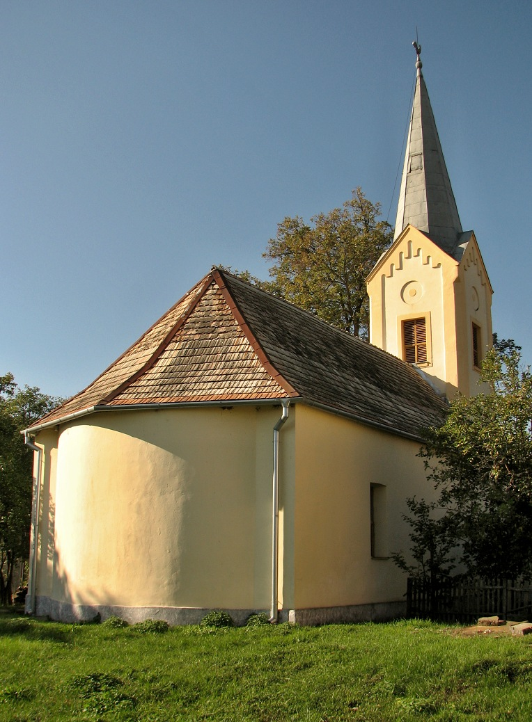 Kostol v H. Strehovej