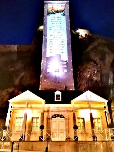 CRÓNICA - Día 3: Francia (Toulouse: Catedral St Etieene, Palacio Niel, Convento Jacobinos, Jardín Japonés, Basílica St Sernin, Capitolio, etc. Lourdes: Iglesia Sacre Coeur, Ayuntamiento, Castillo, etc).