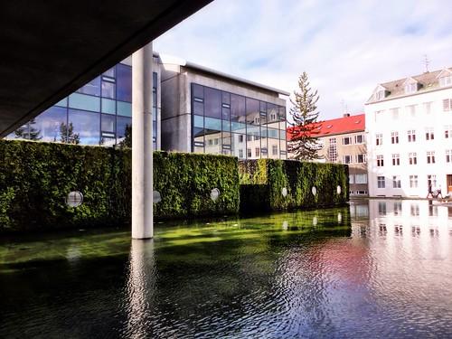 Reykjavik city hall by SpatzMe