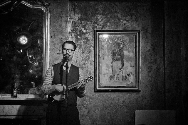 Mr B The Gentleman Rhymer at the Old Queen's Head