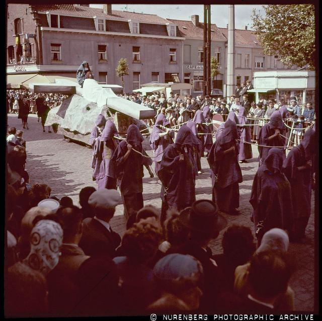 20130302-19600529-006 Courtrai Procession 1960