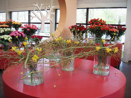 200604170130_Keukenhof_floral-arrangement