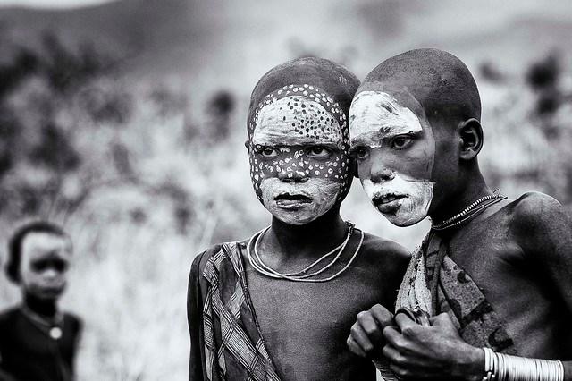 in posa per altri... Surma children - Ethiopia