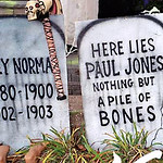 Wooden_Tombstones