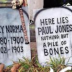 Wooden_Tombstones