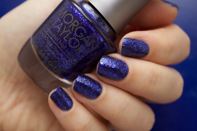 06 Morgan Taylor Regal As A Royal without topcoat