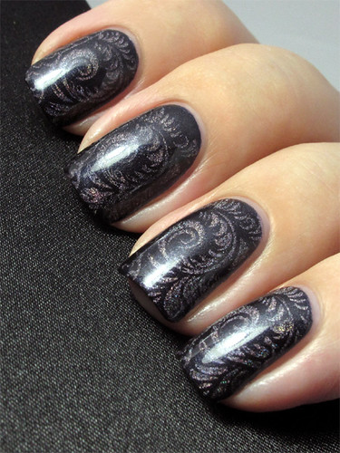 Essence Date In The Moonlight & China Glaze Gamer Glam
