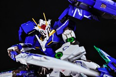 Metal Build 00 Gundam 7 Sword and MB 0 Raiser Review Unboxing (84)