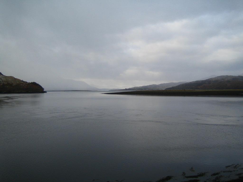17. Día brumoso sobre el lago. Autor, Fede