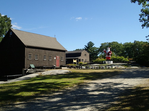 random winery with a giant Santa somewhere in Massachusetts