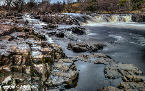 Low Force on the Tees by ArtyAnge