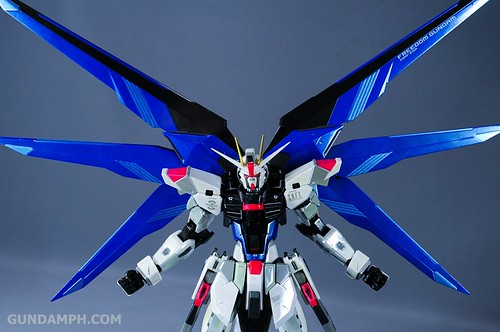 Metal Build Freedom Gundam Prism Coating Ver. Review Tamashii Nation 2012 (39)