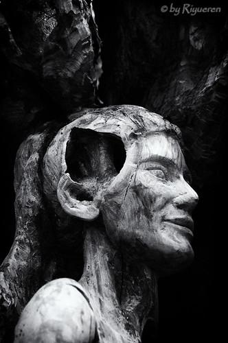 Le nove Muse scultura di GianFranco Timossi (particolare)